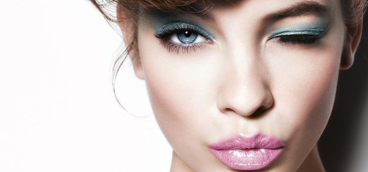 Несколько идей макияжа для голубых глаз с фото