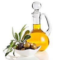 Оливковое масло разглаживает морщины и увлажняет кожу